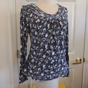 To The Max | Gray and Navy Print Top | L